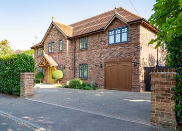 St Peters Avenue, Caversham Heights, Reading RG4. 4 bed detached house