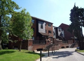 Thumbnail 2 bedroom flat to rent in Oakdene Close, Hatch End, Pinner