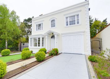 Thumbnail 4 bedroom detached house for sale in Camlet Way, Hadley Common