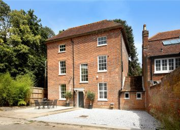 Thumbnail 6 bedroom link-detached house for sale in Wycombe End, Beaconsfield, Buckinghamshire