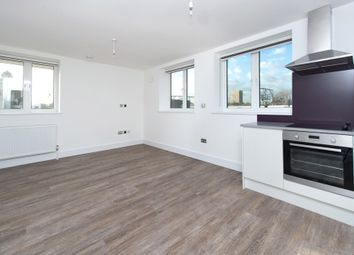 Thumbnail 1 bed flat to rent in 4 Pearl House, 60 Millennium Place, Bethnal Green, London