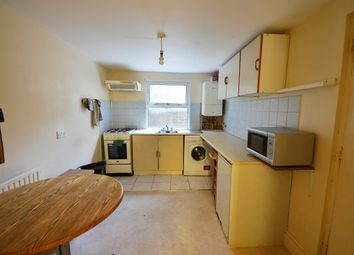 2 bed flat to rent in Shardeloes Road, New Cross, London SE14