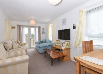 Thumbnail 2 bed flat for sale in Davenant Road, London
