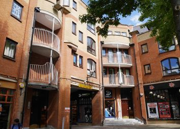 Thumbnail 1 bed flat for sale in Gloucester Green, Oxford
