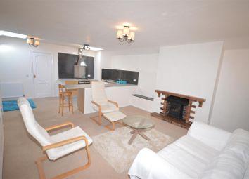 Thumbnail 2 bed flat to rent in West Vale, Little Neston, Neston