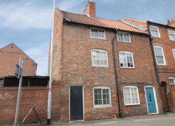 Thumbnail 3 bed terraced house for sale in North Gate, Newark, Nottinghamshire