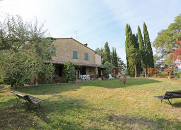 Thumbnail 6 bed farmhouse for sale in Cetona, Cetona, Siena, Tuscany, Italy