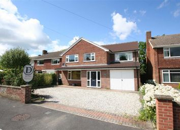 Thumbnail 5 bed detached house to rent in Mount Close, Newbury