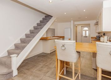 2 bed terraced house to rent in Broadfields, Littlemore, Oxford OX4