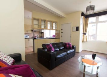 Thumbnail 6 bed property to rent in Beechwood Place, Burley, Leeds