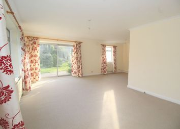 Thumbnail 3 bedroom detached house to rent in Heathfield Drive, Redhill