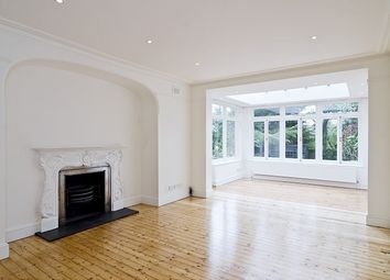 Thumbnail 5 bed flat to rent in Rosebery Road, London