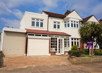5 bed end terrace house for sale in Grove Hill, South Woodford E18