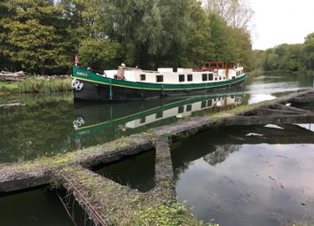 3 bed houseboat for sale in Goodhart Place, London E14