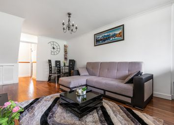 Thumbnail Flat for sale in Rye Hill Park, London