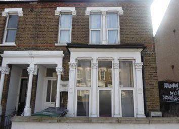 Thumbnail 3 bed flat to rent in Hermitage Road, London, Haringay