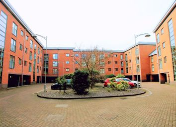 2 bed flat for sale in Rothesay Gardens, Parkfields, Wolverhampton WV4
