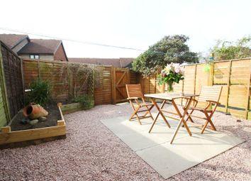 Thumbnail 1 bed maisonette to rent in Windsor Place, Windsor Street, Chertsey, Surrey
