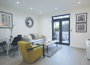 2 bed flat for sale in Camp Road, St. Albans AL1