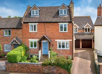 Thumbnail 5 bed cottage for sale in Hawthorne Road, Wheaton Aston