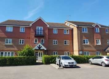 2 bed flat to rent in Kings Road, Horsham RH13