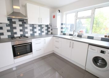 Thumbnail 1 bed flat to rent in Great West Road, Hounslow, Middlesex