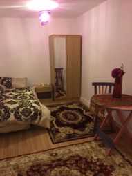 Thumbnail Studio to rent in Harley Crescent, Harrow, Middlesex
