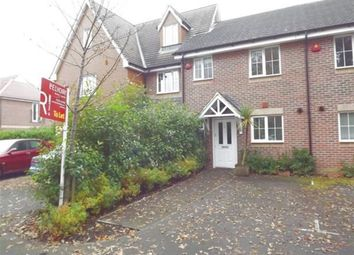 Thumbnail 2 bed property to rent in Guillemont Fields, Farnborough