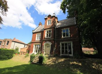 Thumbnail 6 bed property to rent in St. Leonards Road, Norwich