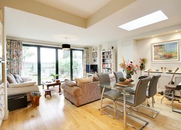 Thumbnail 2 bed flat to rent in Priory Road, Hornsey, London