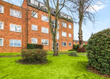 2 bed flat for sale in Kestrel Court, Ware SG12