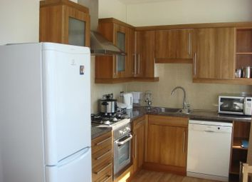 Thumbnail 3 bed flat to rent in Balham Hill, Balham, London