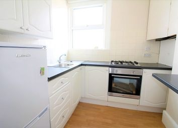 3 bed maisonette to rent in Chelmsford Road, London N14