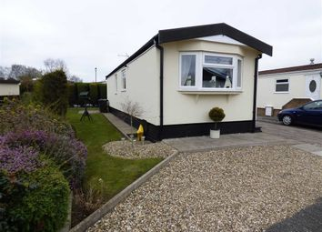 Thumbnail 1 bedroom mobile/park home for sale in Lodgefield Park, Stafford