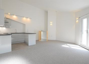 2 bed flat to rent in St. Marychurch Road, Torquay TQ1