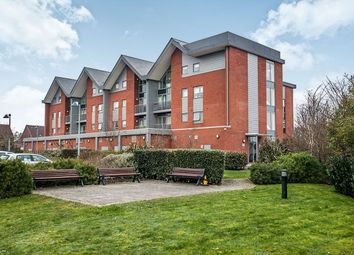 Thumbnail 2 bedroom flat to rent in Green View Court School Mead, Abbots Langley
