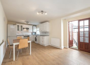 Thumbnail 1 bed flat to rent in Dynham Road, London