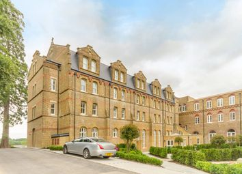 Thumbnail 2 bed flat for sale in Elmbridge Court, Holborn Close, Mill Hill Conservation, Mill Hill