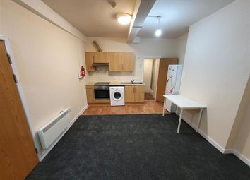 Thumbnail Flat to rent in West Luton Place, Adamsdown, Cardiff