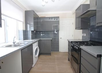 5 bed semi-detached house to rent in Macdonald Road, London E17