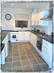 Thumbnail 5 bed shared accommodation to rent in Alder Grove, Balby