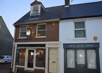 Thumbnail 2 bed flat to rent in Holyrood Street, Newport