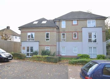 Thumbnail Flat to rent in 1 Hadleigh Grove, Coulsdon, Surrey
