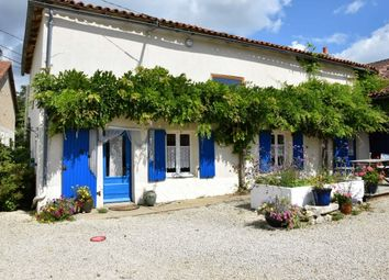 Thumbnail 5 bed property for sale in St-Martin-L'ars, Poitou-Charentes, France