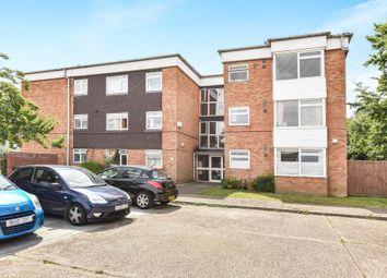 Thumbnail 2 bed flat for sale in Fairview Road, Maidenhead