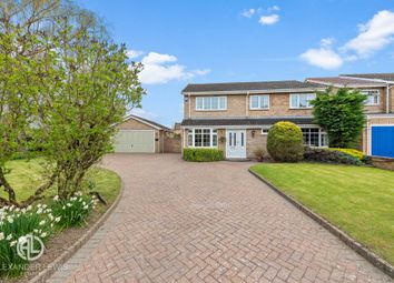 Thumbnail 4 bed detached house for sale in Rook Tree Close, Stotfold, Hitchin