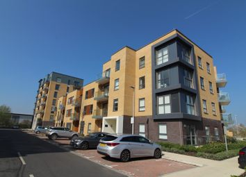 Thumbnail 2 bed flat to rent in Peregrine House, Bedwyn Mews, Reading