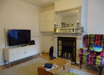 Thumbnail 3 bed property to rent in Calvert Road, Barnet