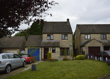 3 bed detached house to rent in Farmcote Close, Eastcombe, Stroud, Gloucestershire GL6