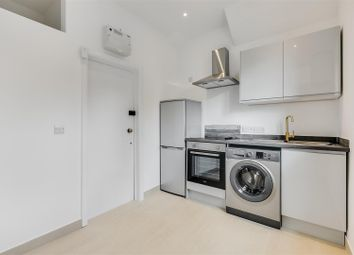 Upham Park Road, London W4. 1 bed flat